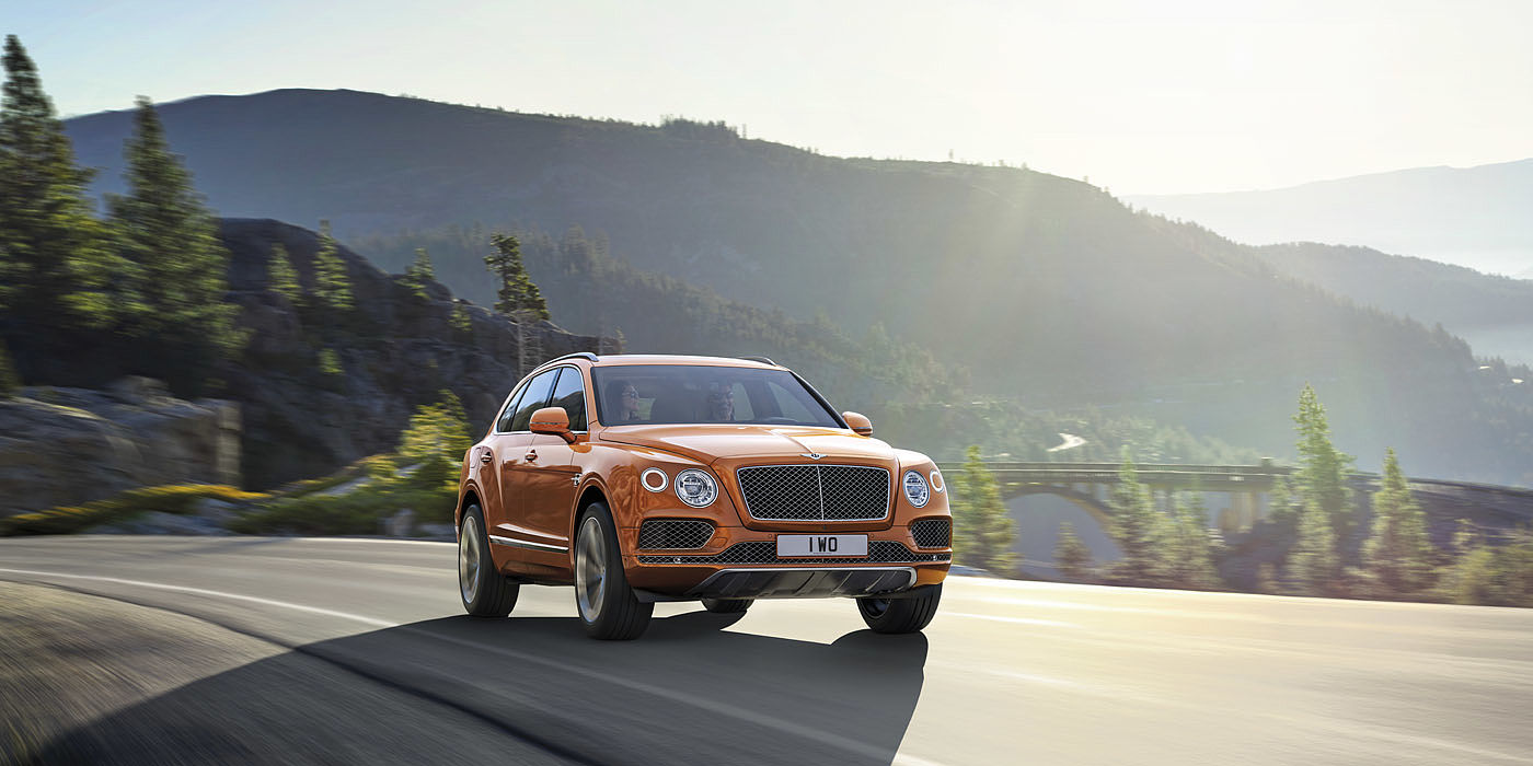 luxury car zug  Bentley Bentayga - used cars for sale - Cham-Zug